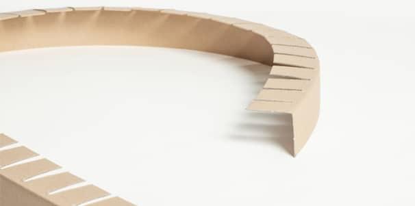 cornière flexible en carton pour palette